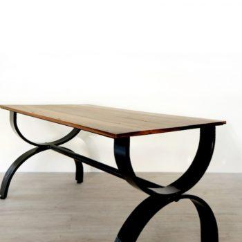 โต๊ะกินข้าวไม้ขาเหล็ก เฟอร์นิเจอร์ลอฟท์ เฟอร์นิเจอร์ร้านกาแฟ เฟอร์นิเจอร์หัวหิน
